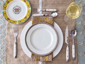 original-table-settings-manvi-drona-hidalgo-teal-table-place-setting-lg